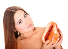 Jolis femme et seashell photographie stock libre de droits