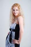 Jolis sourires blonds Image stock