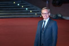 Jon Baird går en röd matta av den Rome filmfesten 2018 royaltyfria bilder