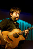 Jon Gomm sous tension chez Spaziomusica Pavie Photo libre de droits