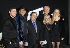 Jon Landau, Robert Rodriguez, Ed Skrein, James Cameron e Suzy Amis Cameron immagine stock libera da diritti