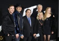 Jon Landau, Robert Rodriguez, Ed Skrein, James Cameron e Suzy Amis Cameron immagini stock