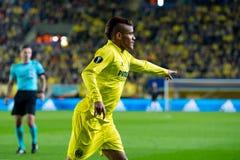 Jonathan Dos Santos-spelen bij de Europa gelijke van de Ligahalve finale tussen Villarreal CF en Liverpool FC Royalty-vrije Stock Fotografie