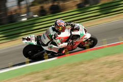 Jonathan Rea GBR Honda CBR1000RR Castrol Honda en la acción durante la práctica del Superbike en Imola Circuit Foto de archivo