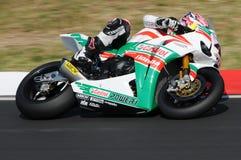 Jonathan Rea GBR Honda CBR1000RR Castrol Honda i handling under Superbikeövningen i Imola Circuit royaltyfria bilder