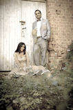 Jong aantrekkelijk Indisch paar die zich in openlucht verenigen Royalty-vrije Stock Fotografie