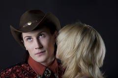 Jong cowboy en meisje Royalty-vrije Stock Afbeeldingen