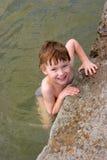 Jong geitje in het water Royalty-vrije Stock Afbeeldingen