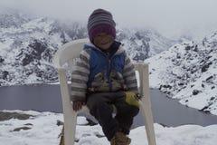 Jong geitje in Himalayagebergte Stock Fotografie