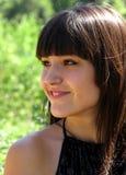 Jong glimlachend meisje Stock Afbeeldingen