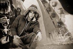 Jong mannetje in toevallige kleding Stock Foto