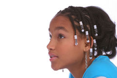 Jong meisje dat omhoog in wonder kijkt Stock Foto