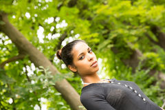 Jong Meisje in het park Royalty-vrije Stock Fotografie