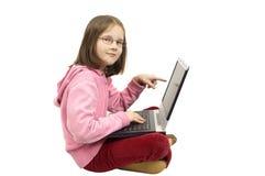 Jong meisje met laptop Royalty-vrije Stock Foto