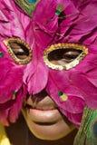 Jong meisje met masker Stock Fotografie