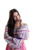 Jong meisje met slingerdans in Russisch kostuum stock foto