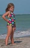 Jong model op het strand Stock Afbeelding