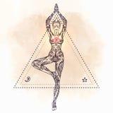 Jong Mooi Meisje Die Yoga Doen Vrikshasana: Boomhouding, Handdr ...