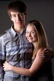 Jong paar in studio Stock Fotografie