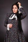 Jonge aantrekkelijke vrouw Stock Foto