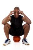Jonge Afrikaanse Amerikaanse basketbalspeler royalty-vrije stock afbeelding