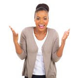 Jonge Afrikaanse Amerikaanse vrouw royalty-vrije stock foto's
