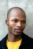 Jonge Afrikaanse mens Royalty-vrije Stock Fotografie