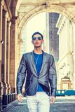 Jonge Aziatische Amerikaanse Mens die in New York reizen Stock Foto