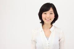 Jonge Aziatische vrouw Stock Foto's