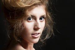 Jonge beautyful vrouw Stock Afbeeldingen