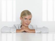 Jonge bedrijfsvrouw Royalty-vrije Stock Afbeelding