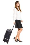 Jonge bedrijfsvrouw die met zak reizen Stock Foto