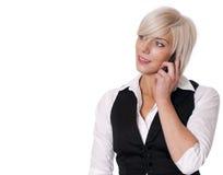 Jonge bedrijfsvrouw die mobiele telefoon met behulp van Stock Fotografie