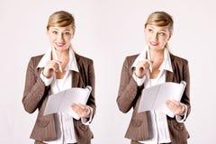 Jonge bedrijfsvrouw met handelspapieren Stock Afbeelding