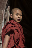 Jonge Monnik - Nyaungshwe - Myanmar Royalty-vrije Stock Afbeeldingen