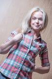 Jonge charmante vrouw Royalty-vrije Stock Afbeeldingen