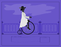 Jonge dame en retro fiets Stock Foto's