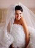 Jonge donkerbruine bruid Stock Fotografie