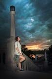 Jonge donkerbruine vrouw Stock Afbeeldingen