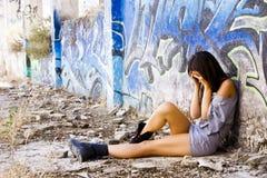 Jonge droevige vrouw Stock Afbeeldingen