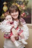 Jonge en mooie moeder Royalty-vrije Stock Afbeelding