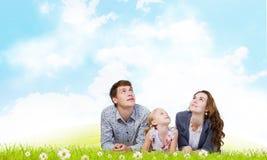Jonge Familie Royalty-vrije Stock Afbeeldingen