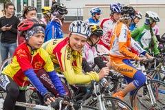 Jonge fietsers Stock Foto's
