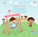 Jonge geitjes bij speelplaats, kindtijd Meisjes op dia Royalty-vrije Illustratie
