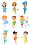 Jonge geitjes in diverse kostuums De banen van de kinderens droom arts, bouwer, politieagent, kosmonaut, voetbalster, schilder, c stock illustratie