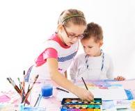 Jonge geitjes het schilderen Royalty-vrije Stock Foto's