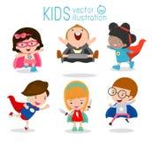 Jonge geitjes met Superhero-Kostuums, Superhero-Kinderen, Superhero-Jonge geitjes Royalty-vrije Stock Afbeeldingen