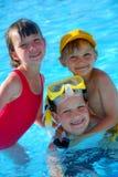 Jonge geitjes in pool Royalty-vrije Stock Foto