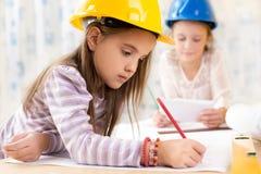 Jonge geitjes toekomstige ingenieurs Royalty-vrije Stock Foto