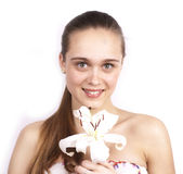 Jonge gelukkige mooie vrouwen met bloem Stock Fotografie